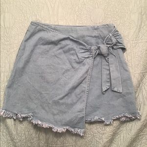 Trendy TOBI Denim Wrap Skirt (Small)